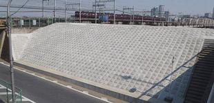 十三東地区堤防強化工事