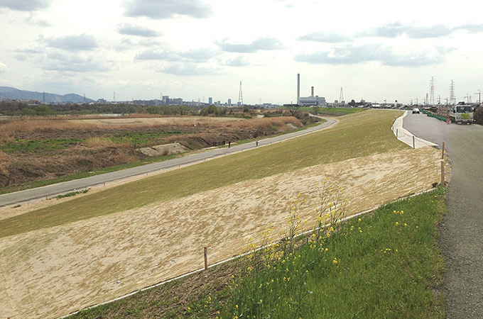 鵜殿地区堤防強化工事