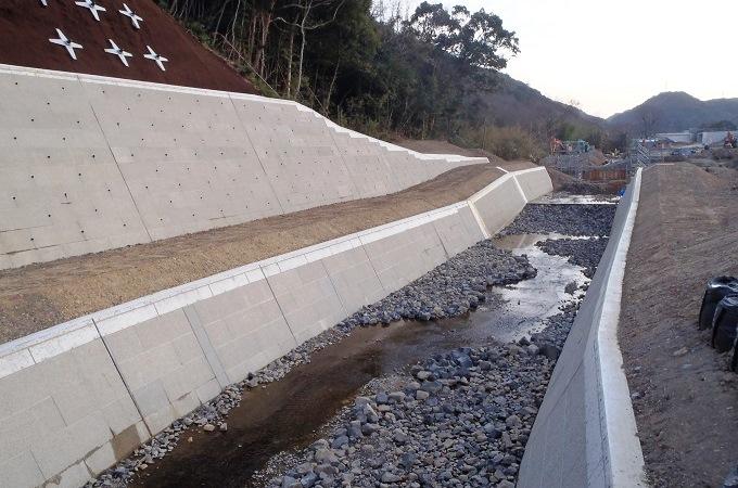 和歌山岬道路下孝子地区改良工事